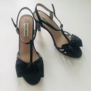 Steve Madden black bow heels